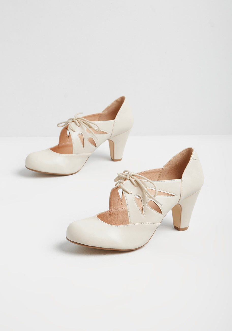 1950s Style Clothing & Fashion ModCloth Ongoing Edge Lace-Up Heels in Bone Size 42 $70.00 AT vintagedancer.com