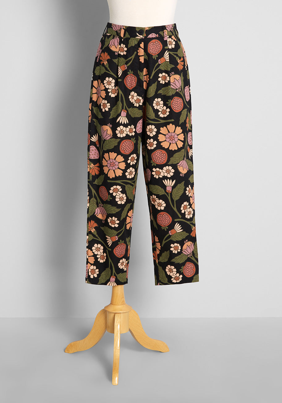 60s Pants, Jeans, Hippie, Flares, Jumpsuits ModCloth Fab in Fruits and Flora Pants in Black Size 16 $69.00 AT vintagedancer.com