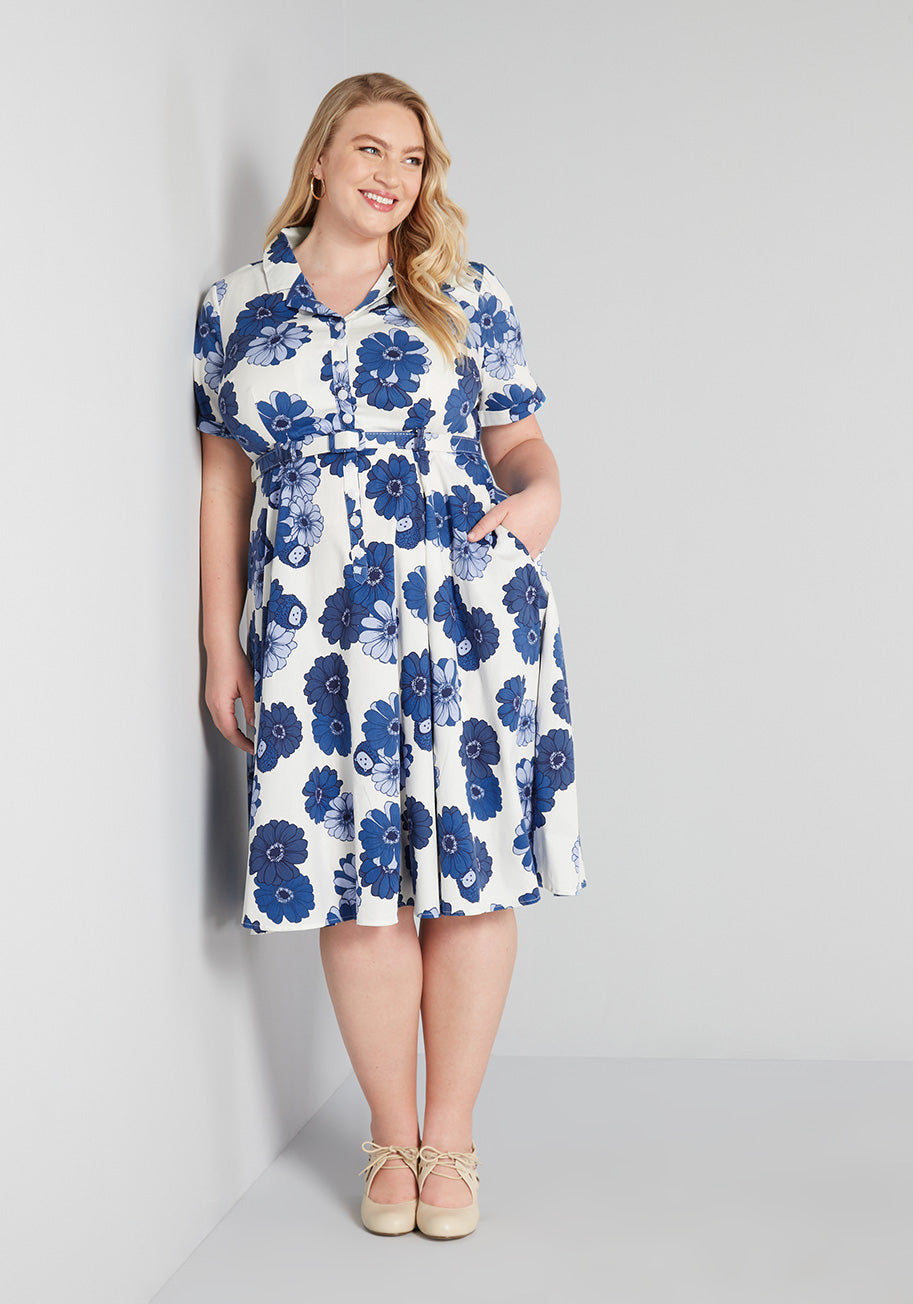 Vintage Style Dresses | Vintage Inspired Dresses Modcloth X Collectif Somewhere Bright And New Swing Dress in WhiteBlue Size 26 $69.99 AT vintagedancer.com