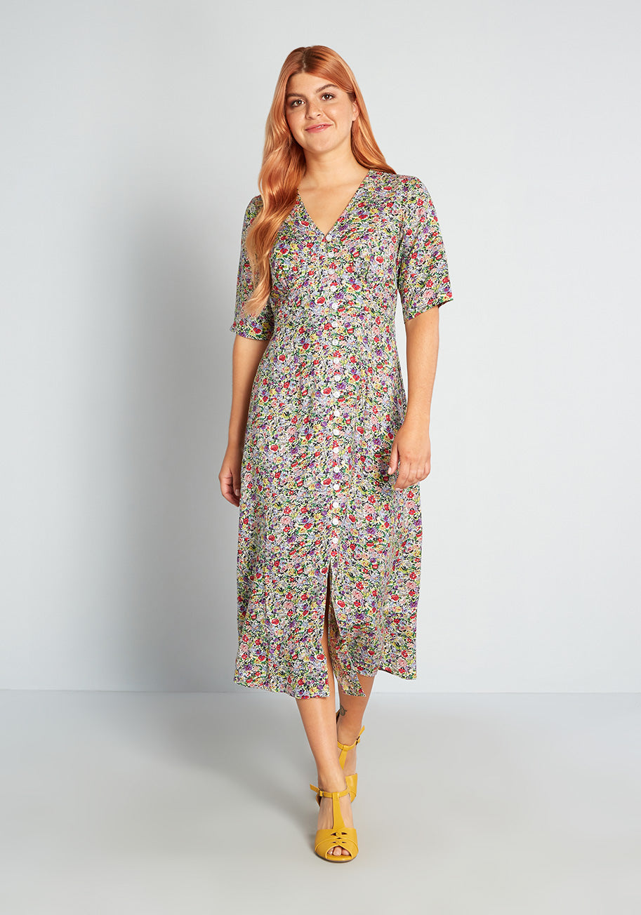 80s Outfit Inspiration, Party Ideas Pretty Vacant Floral Auroral Midi Dress in Green Size Large $50.99 AT vintagedancer.com