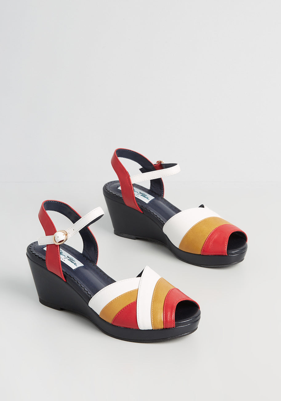 1940s Women's Footwear Lulu Hun x Collectif Rays of Sunset Wedges in Navy Size 8 UK $75.00 AT vintagedancer.com