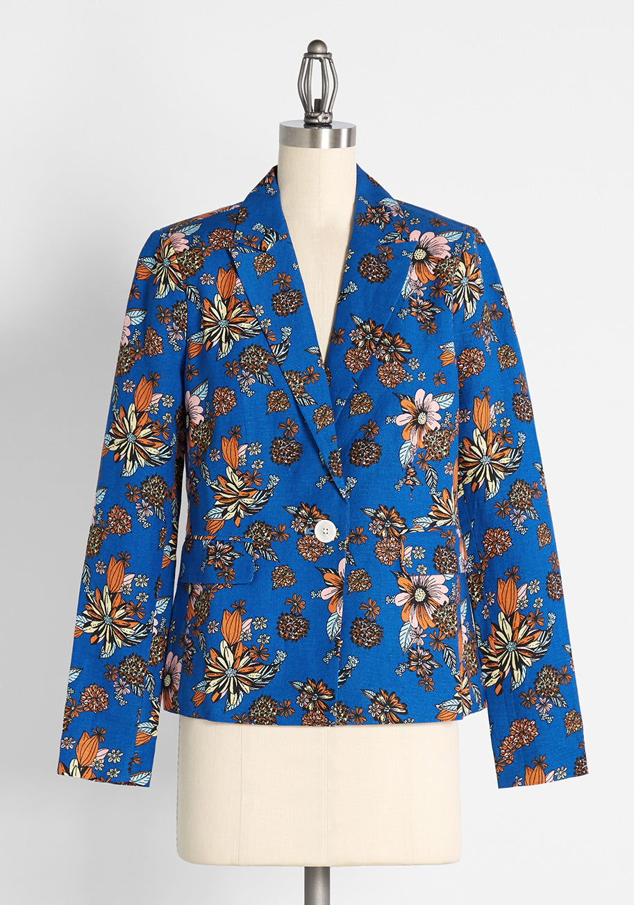 1960s Style Clothing & 60s Fashion ModCloth The Bloom Where it Happens Blazer in Harlow Floral Sapphire Size 4X $52.99 AT vintagedancer.com