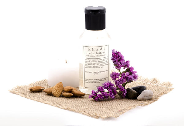 Almond & Vitamin-E Bath Oil 110 ml with ingredients