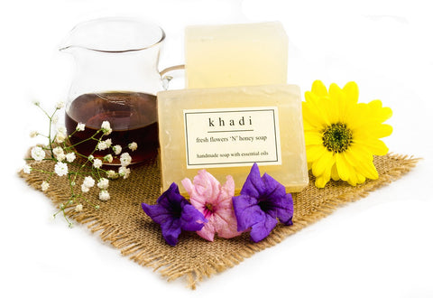 Fresh Flowers 'N' Honey Soap - 125 gm