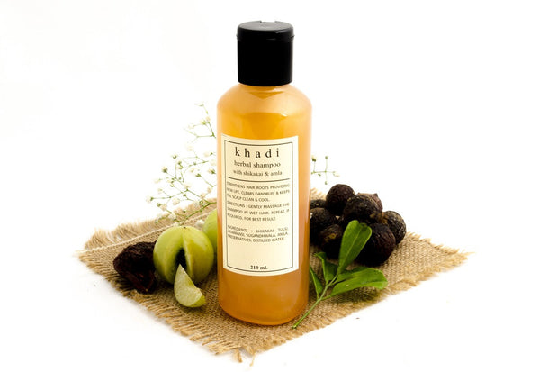 Shikakai & Amla Shampoo - 210 ml with ingredients