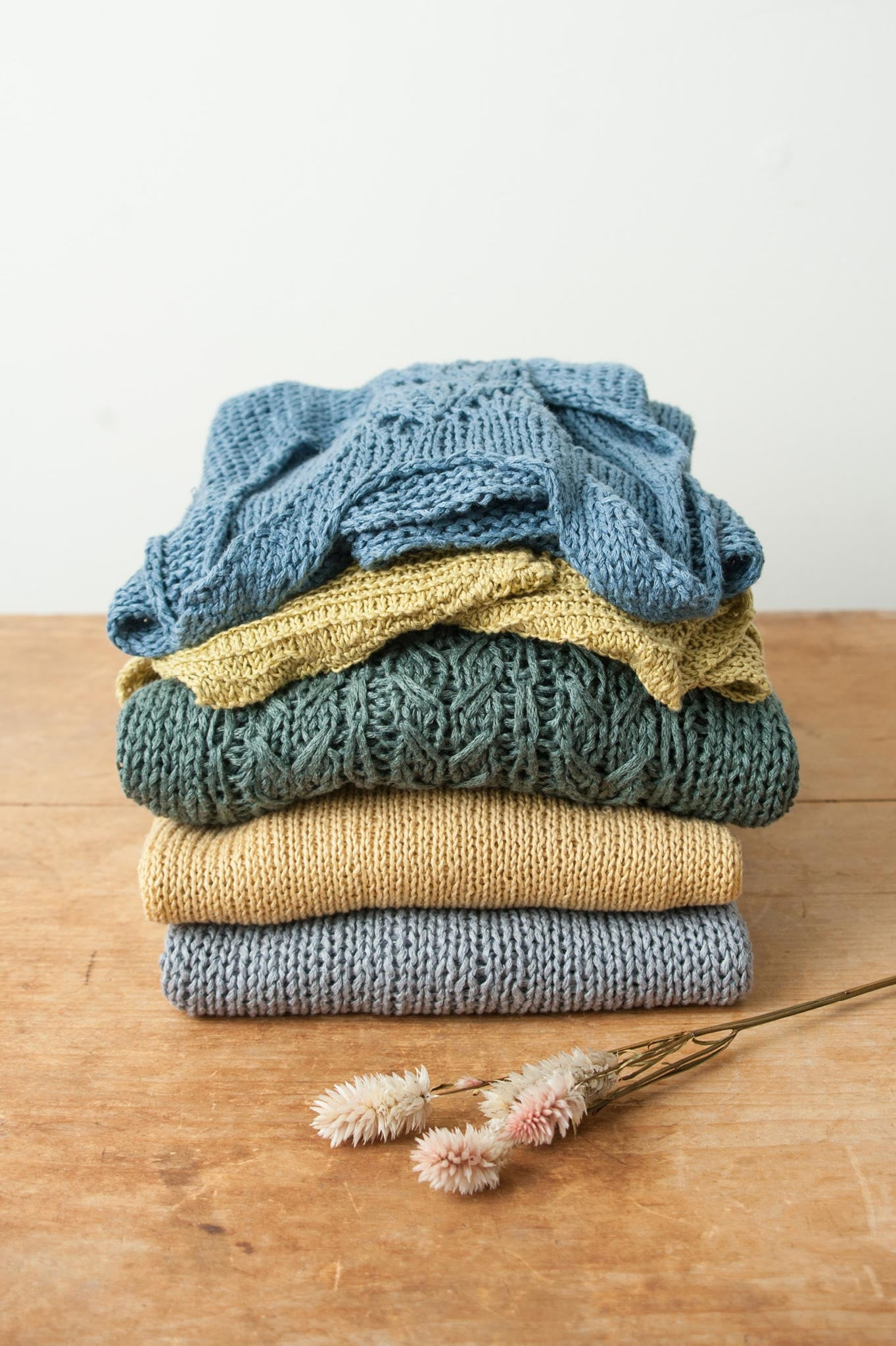 https://quinceandco.com/products/linen-verdant-knitting-collection