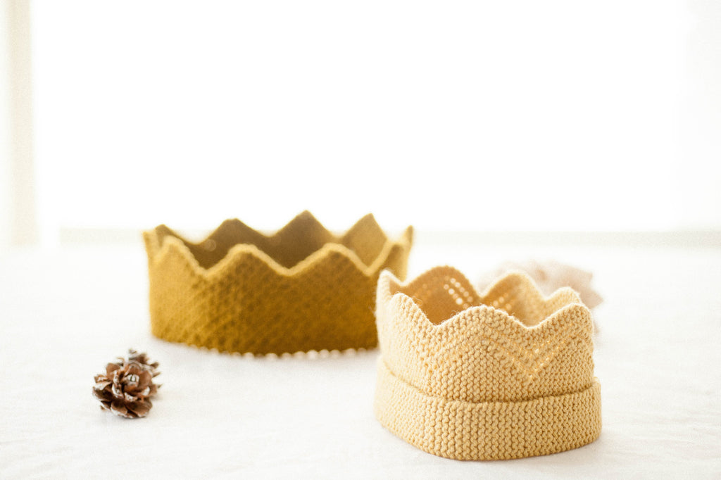 cracker snap crowns