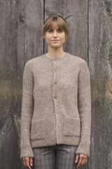 Plain and Simple: 11 Knits to Wear Every Day - book - Image 9