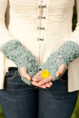 water lily mitts - pattern - Image 2
