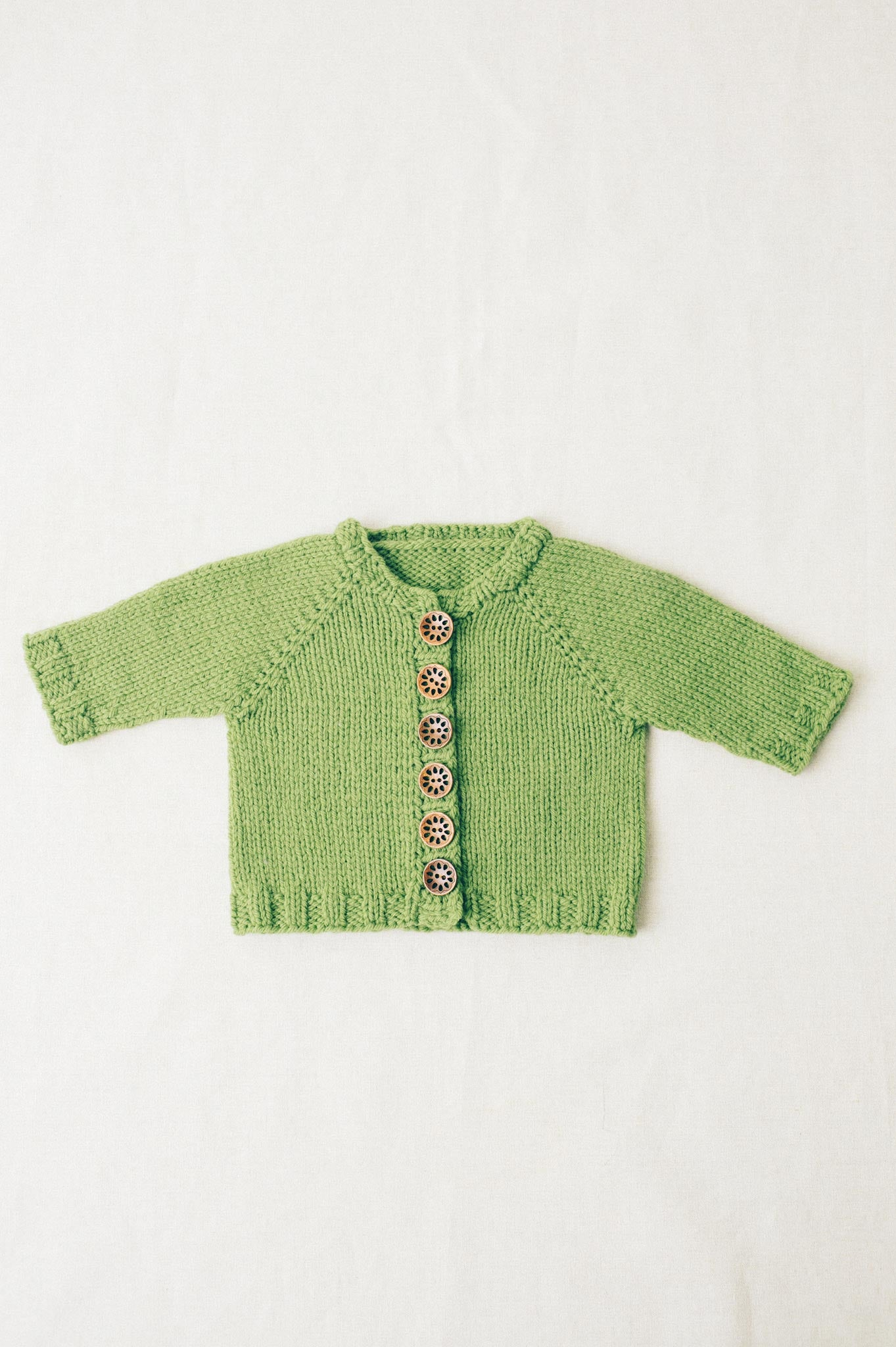 basic baby cardigan knitting pattern - Quince and Co