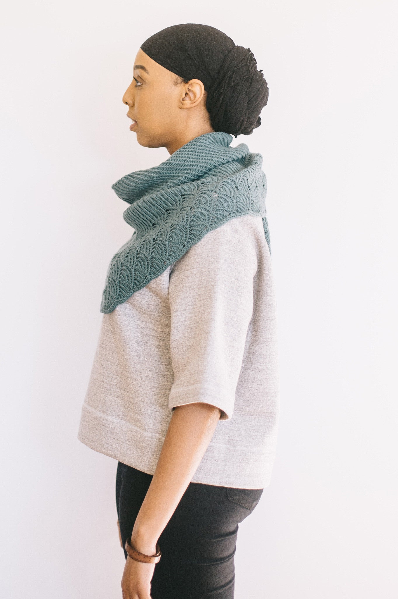 naamah shawl knitting pattern - Quince and Co