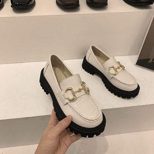 Women's shoes leather shoes 2021 spring new fashion casual round toe metal buckle thick bottom non-slip loafers