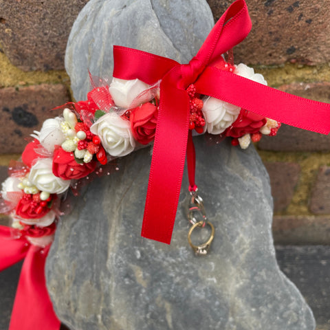 red and white flower dog collar for wedding