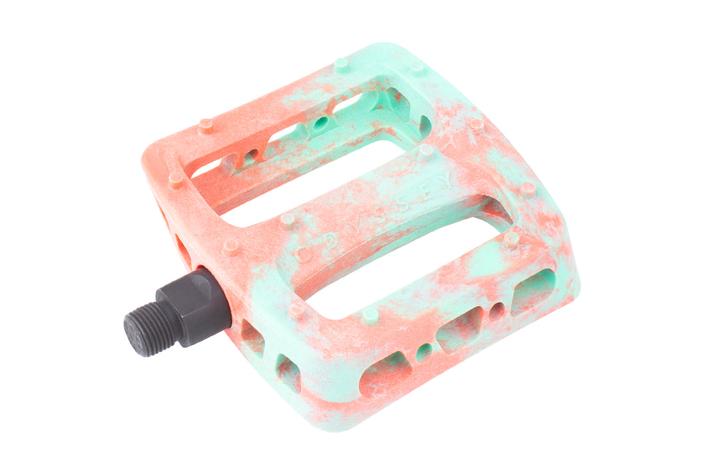Odyssey Twisted Pro PC Pedals (Toothpaste/Bright Red Swirl)