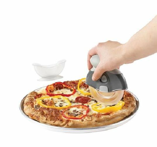 Starfrit Gourmet Series Titan Scratch Free Pizza Wheel Cutting Tool Easy To Use