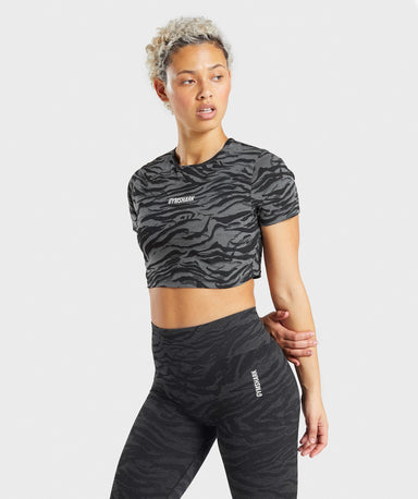 Shop Gymshark Animal Graphic Crop Top - Black Print From GS | AROS