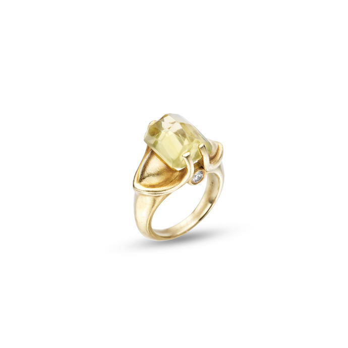 Citrine Ring set in 18KT Brushed Green Gold