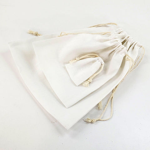 different sizes of drawstring cloth bags