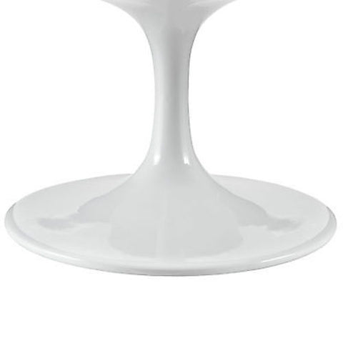 "Saarinen Tulip Style 42"" Oval-Shaped Coffee Table in White"