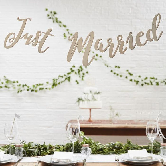 Bunting - Wooden - Just Married