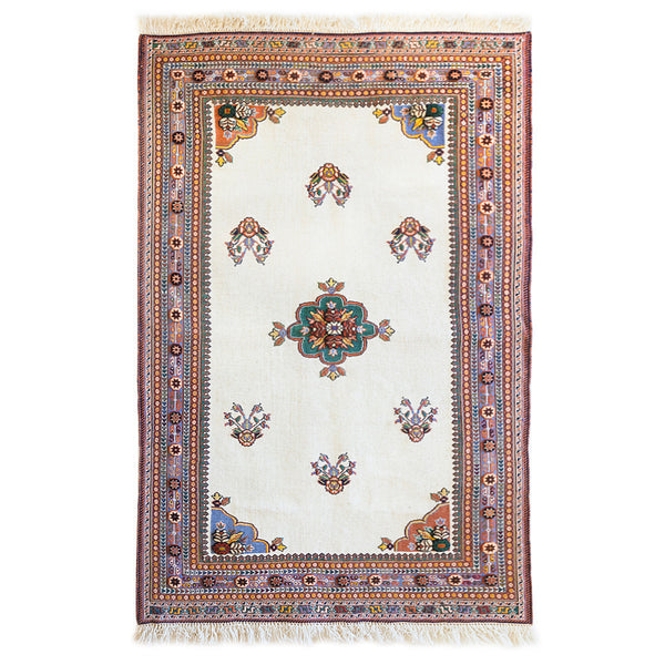 "Senneh Gelim Persian Carpet (4' 76"" x 2' 95"")"