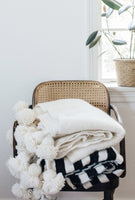 Wool Pom Pom Blanket / White