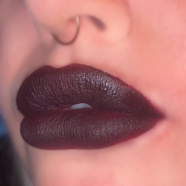 Regular Liquid Lipstick Athame