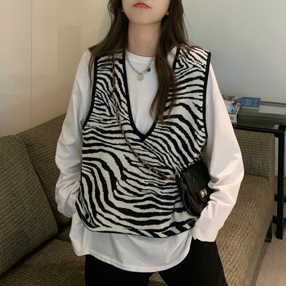 Zebra-Stripe Sweater Vest Women's Short Style Loose Autumn 2021 New Korean Style V-neck Sleeveless Sweater