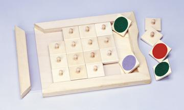 Match or Memory: Color Wooden Game (C)