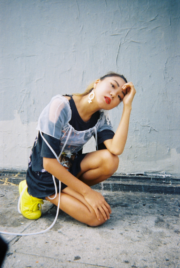 GIRL POWER PLUS - NIN3 shop till you pop
