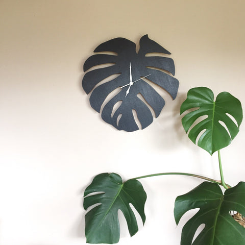 Monstera Leaf Clock
