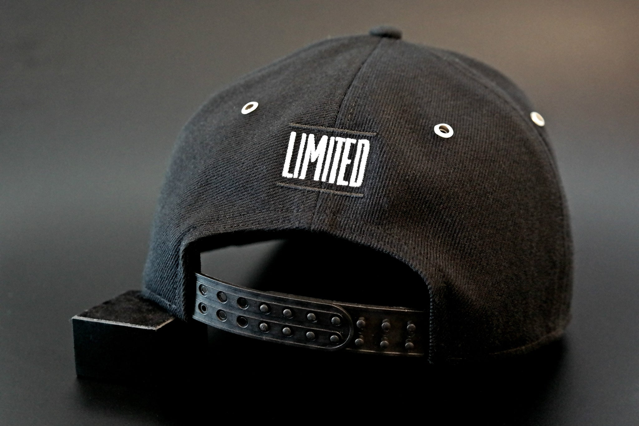 Limited_Limitierte_Snapback_Cap_Classic_04