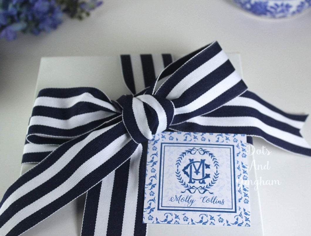 Monogram Enclosure Cards with Double Laurel Wreath / Chinoiserie Enclosure Cards / Grandmillenial Stationery