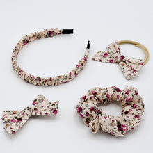 Load image in Gallery view, Cotton scrunchie Emma floral print
