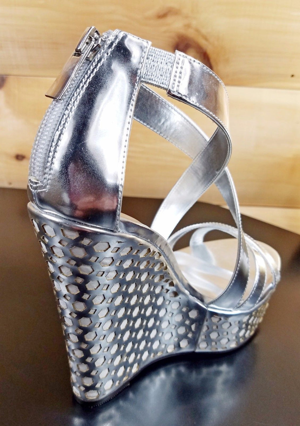"Luichiny Cor Enna Silver White 5.5"" Heel 1"" Platform Wedge Shoe"