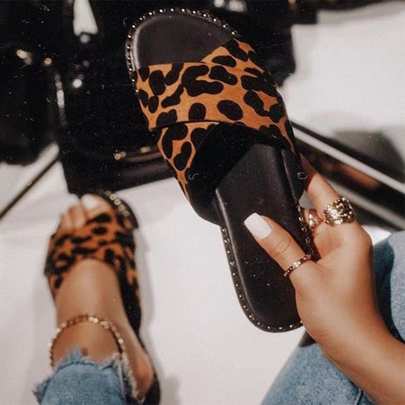 Women's Leopard Print Beach Slippers Ladies Summer Shoes 2021 Outdoor Woman Casual Flat Heels Cross Tie Female Lady Slides