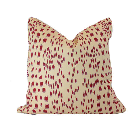 Les Touches Bordeaux Brunschwig & Fil Pillow