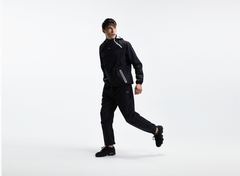 a sauna suit for weight loss can be different materials