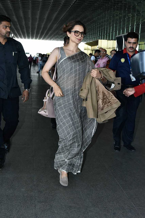 saree footwear by kangana