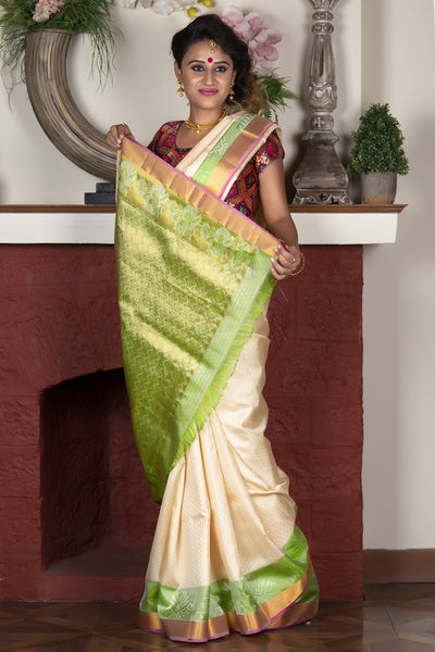 Cream Pure Silk Handloom Saree With Jacquard Work