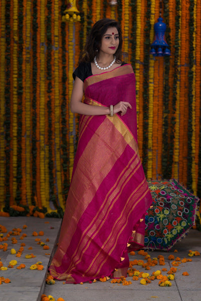 Boysenberry Pink Pure Linen Handloom Saree With Antique Gold Pallu And Border