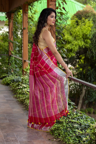 Pink And White Pure Linen Saree With Checks