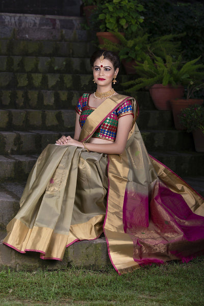 Ivory Cream And Pink Pure Soft Silk Handloom Saree