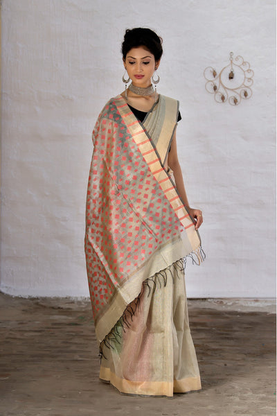 Oyster Cream With Pink Pallu Raw Silk Saree