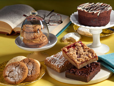 <p>Bakery Combo Gift (Cakes, Cookies &amp; Brownies)</p>
