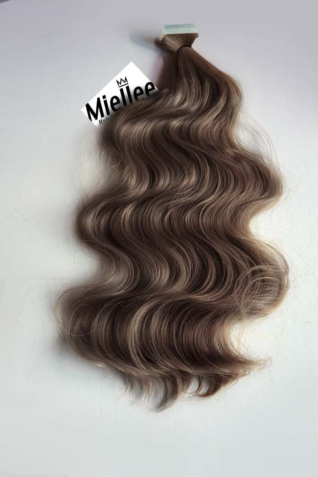 Hazelnut Brown Tape Ins - Wavy Hair