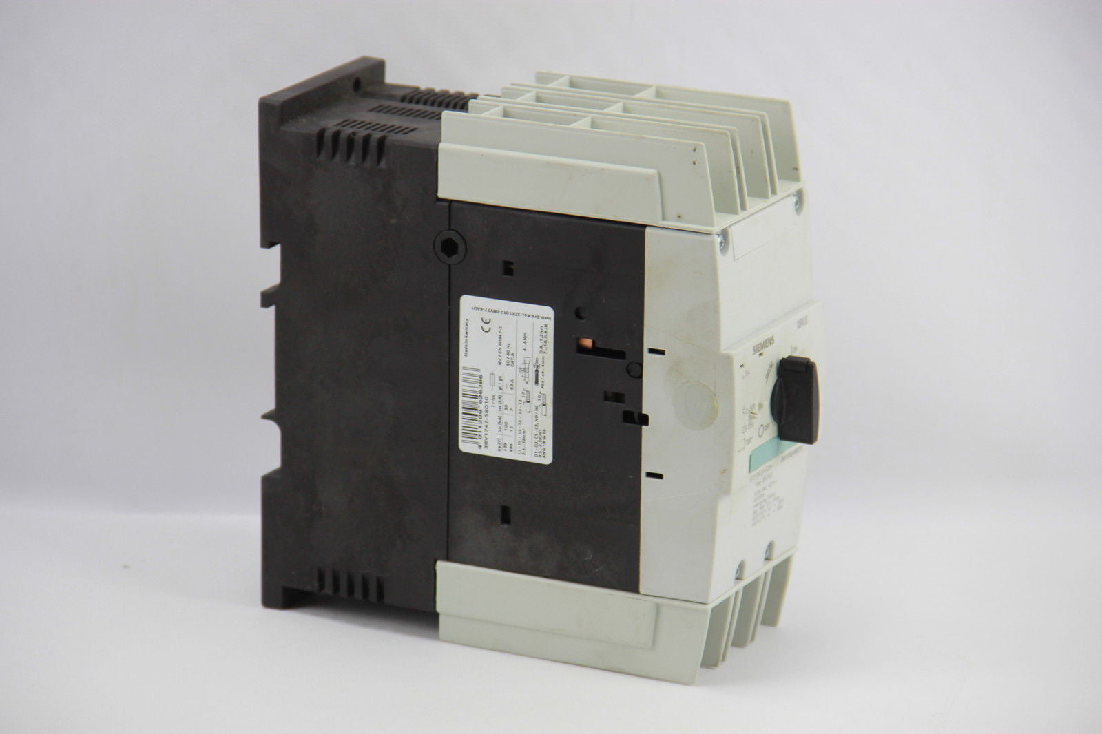 Siemens 3RV1742-5BD10 Circuit Breaker S3 15A 3-Pole Auxiliary Switch ...