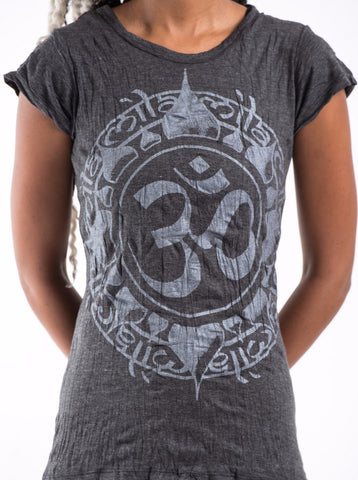 Sure Design Women's Infinitee Ohm T-Shirt Silver on Black