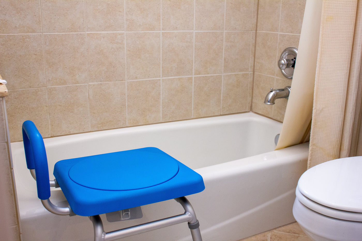 Roundabout™ Rotating Bathtub Transfer Seat