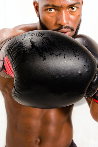 boxing gloves smell